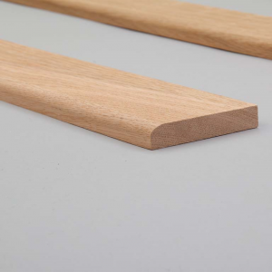 Oak Bullnose Skirting Closeup Web