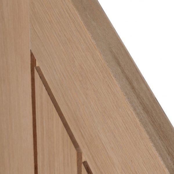 Oak Mexicano Angled Detail