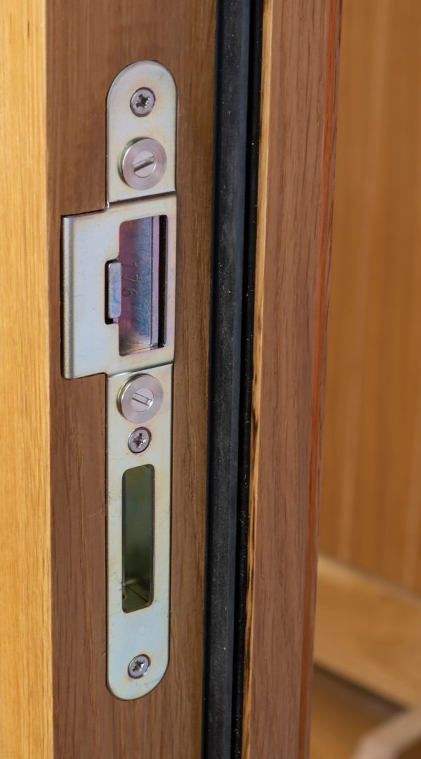 Adj56mm Oak Doorset Featureustable Keeps Web