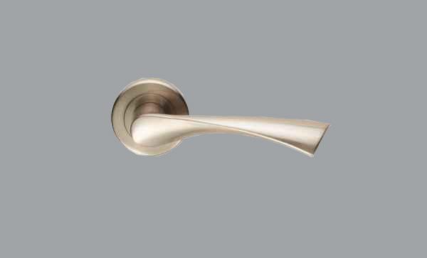 szr020sn-2-600x363 - Grey Background